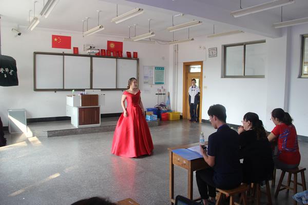 我校成功举办威海市学前教育专业教师基本功大赛